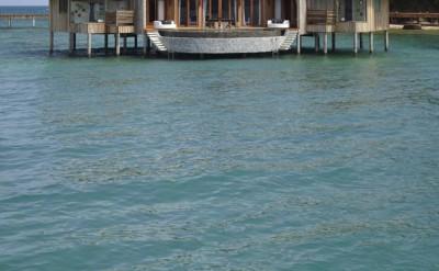 2 bedroom over water villas_2550