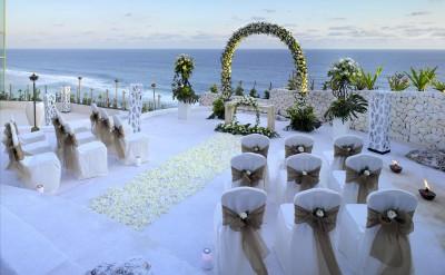 34948056-H1-10_Bambu_wedding_setup