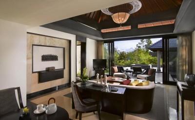 34948119-H1-10_Guestroom_Garden_villa