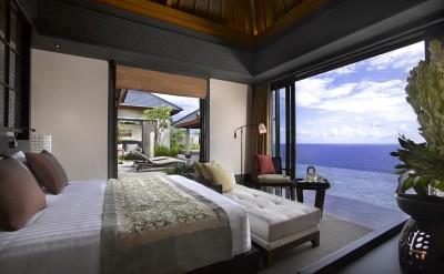 34948128-H1-10_Guestroom_cliff_edge_ocean_view_