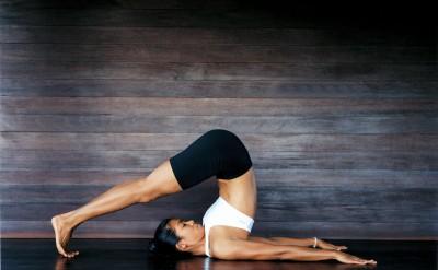 44165862-H1-yoga_girl_2