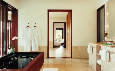44182793-H1-1BR_Retreat_Villa_Bathroom