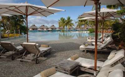 Bora Bora Nui Resort & Spa Swimming Pool 3