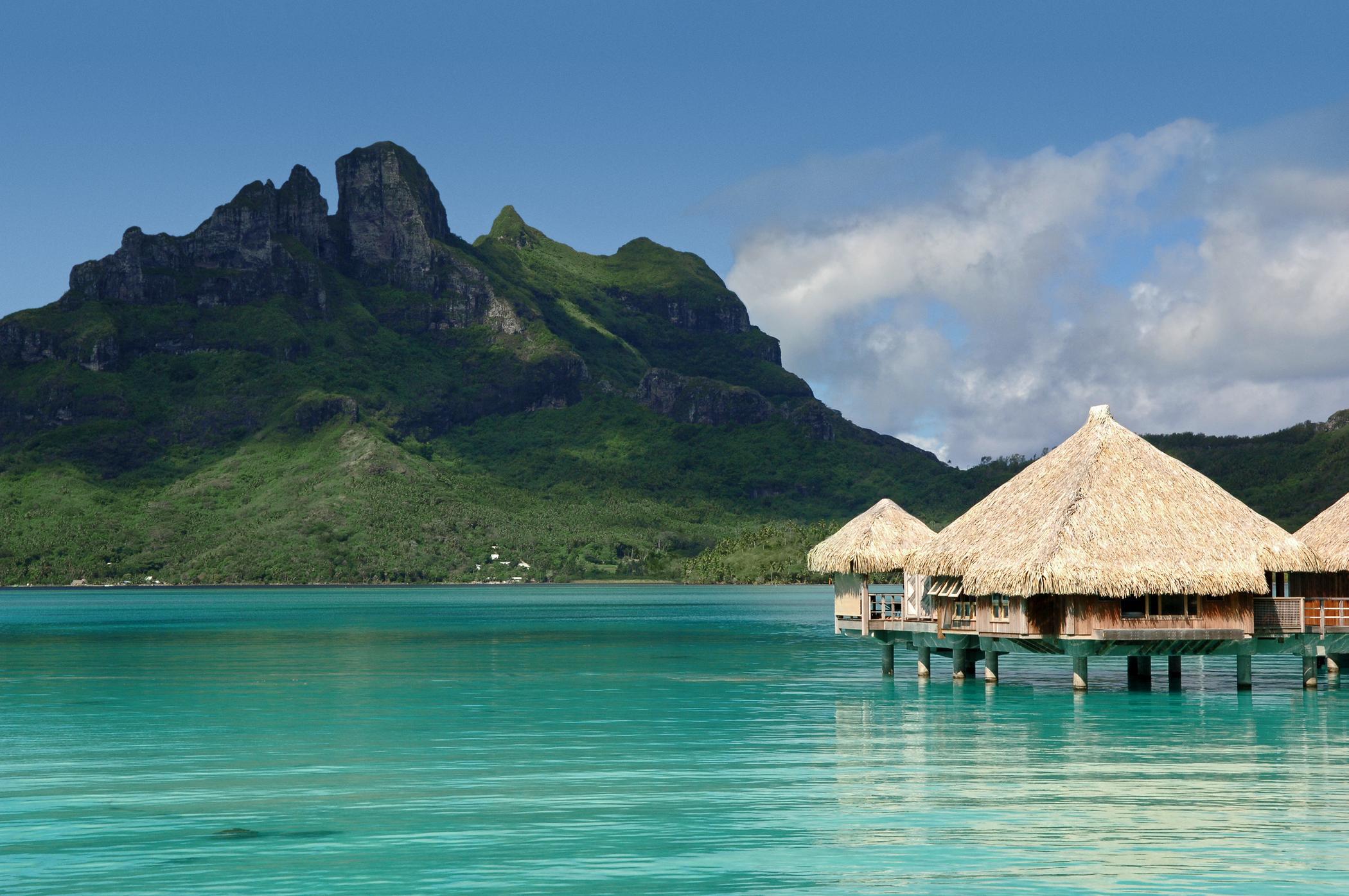 大溪地波拉波拉岛瑞吉度假酒店<br/>The St.Regis Bora Bora Resort