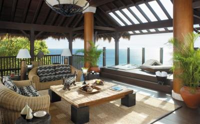 Treehouse-Villa-Deck