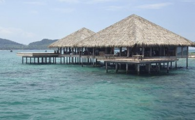 Vista overwater bar and restaurant_2446