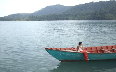 guest in local boat_1270