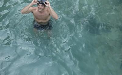 guest swimmin at the bridge to Koh Bong_0661