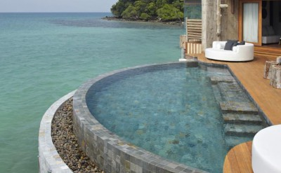 overwater villa pool (villa 2)_6180