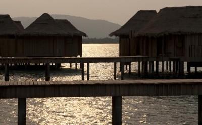 sunset of overwater villas walkways_MG_0640B