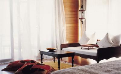 44153227-H1-COMO_Villa_Bedroom_1-Quick Preset_1263x1000
