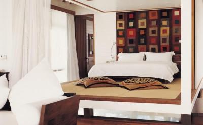 44154591-H1-One_Bedroom_Villa_Bedroom_2-Quick Preset_1273x1000