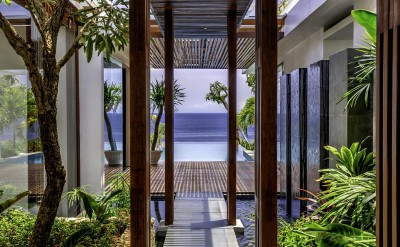 Hi_AULU_57449199_Pathway_to_Balcony