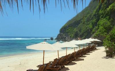 semara-uluwatu-beach-view