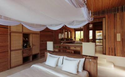Ocean-Front-Villa-bedroom2_[5395-LARGE]