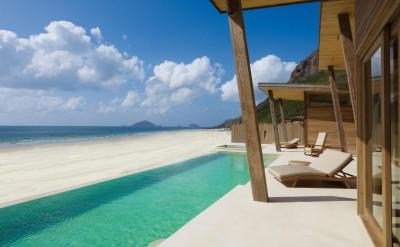 Ocean_Front_3_Bedroom_Pool_Villa_[59-LARGE]