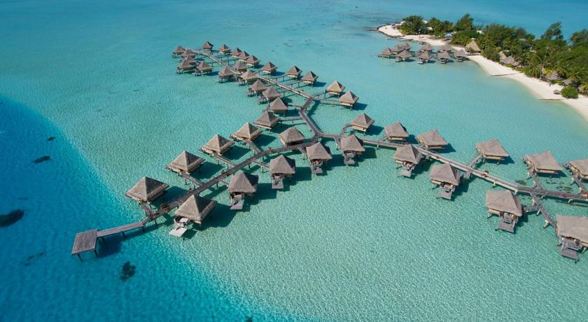 波拉波拉岛洲际勒那度假酒店<br/>Hotel InterContinental Bora Bora Le Moana Resort