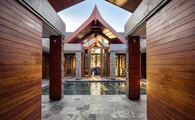 Campana-Courtyard