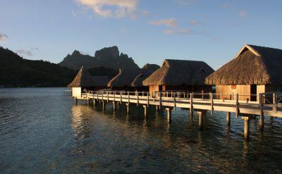 copie-de-island-luxury-overwater-exterior-sunset