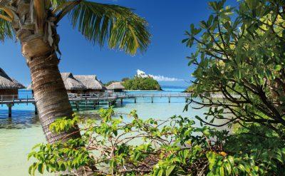 island-luxury-overwater-bungalow-exterior-glb-hr-2