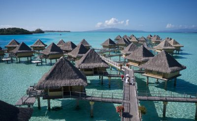 overwater-bungalows-03