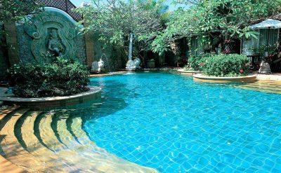 10 Pool Village