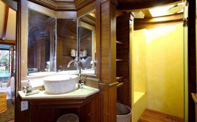 6 Bath Room