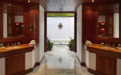 suite bathroom.tif