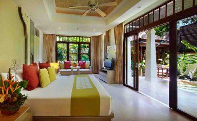19. Private Garden Pool (Bedroom)