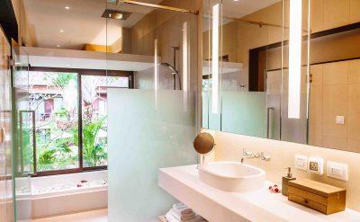 21. Deluxe Regency Bathroom 2nd Fl.