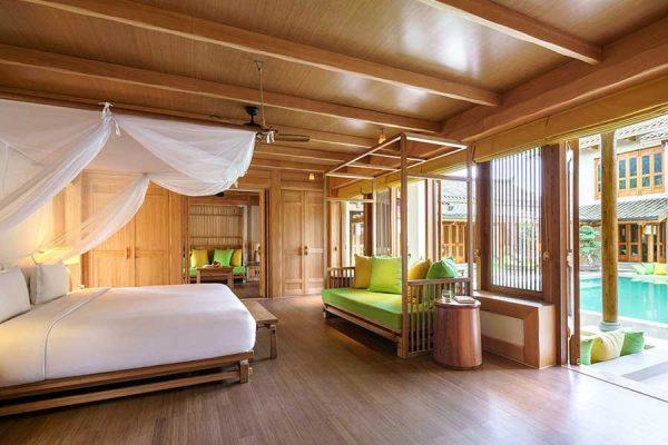 975x660_Presidential_Villa_master_bedroom_300x185