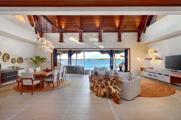 BeachVilla-LivingRoom